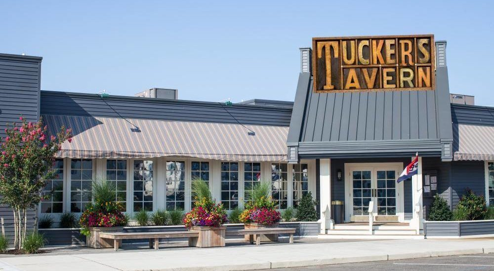 best restaurants in long beach island